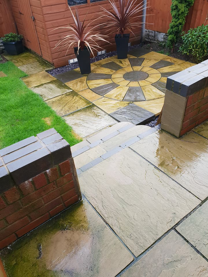 Small soft washing job and block paving pressure clean completed in Great Sutton, Ellesmere Port.: Local Domestic & Commercial Cleaning Services Contractors Near Me in Flintshire, Denbighshire, Wrexham, Cheshire, Wirral, Chester, Liverpool, Cheshire, Shotton, Connah's Quay, Queensferry, Hawarden, Ewloe, Drury, Buckley, Mynydd Isa, Northop, Northop Hall, Mold, Garden City, Saughall, Blacon, Chester, Pentre, Sandycroft, Mancot, Sychdyn, Alltami, Pen Y Ffordd, Higher Kinnerton, Deeside, Chester, Mold and Nearby Areas.