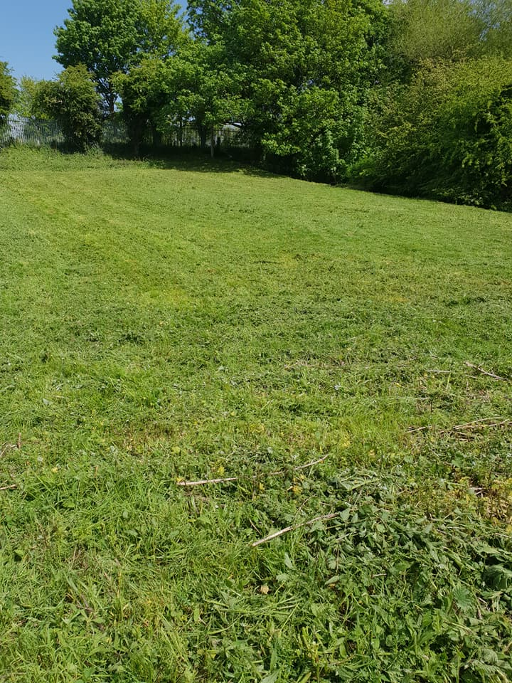 Some more grass cutting today in Queensferry, followed by window cleaning at various shops and pubs throughout Deeside.: Local Domestic & Commercial Cleaning Services Contractors Near Me in Flintshire, Denbighshire, Wrexham, Cheshire, Wirral, Chester, Liverpool, Cheshire, Shotton, Connah's Quay, Queensferry, Hawarden, Ewloe, Drury, Buckley, Mynydd Isa, Northop, Northop Hall, Mold, Garden City, Saughall, Blacon, Chester, Pentre, Sandycroft, Mancot, Sychdyn, Alltami, Pen Y Ffordd, Higher Kinnerton, Deeside, Chester, Mold and Nearby Areas.
